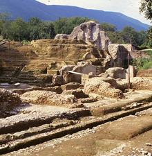Nocera Superiore: demolito parte dell'anfiteatro